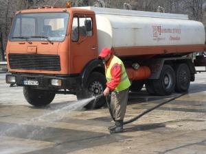 Започва голямото чистене, вдигайте колите!