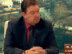 Адвокат Симеонов за Цветан Василев: От ареста банка не се оздравява