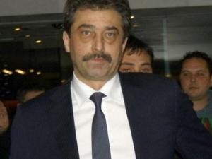 Адвокатът на Цветан Василев: Той е в Белград