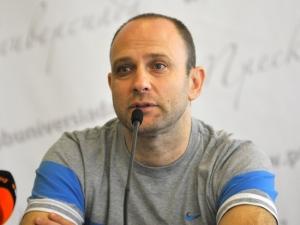 Тити обеща да докара Цветан Василев до 24 часа