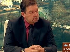 Адвокатът на Цветан Василев не знае, че клиентът му се е предал