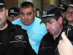 Килърът взел 60 бона за главата на митничаря Дребчев