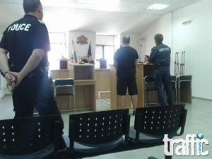 Официално: Полицията за осъдените шестима фенове