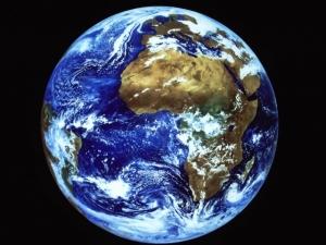 Значителна част водата на Земята е по-стара от Слънцето