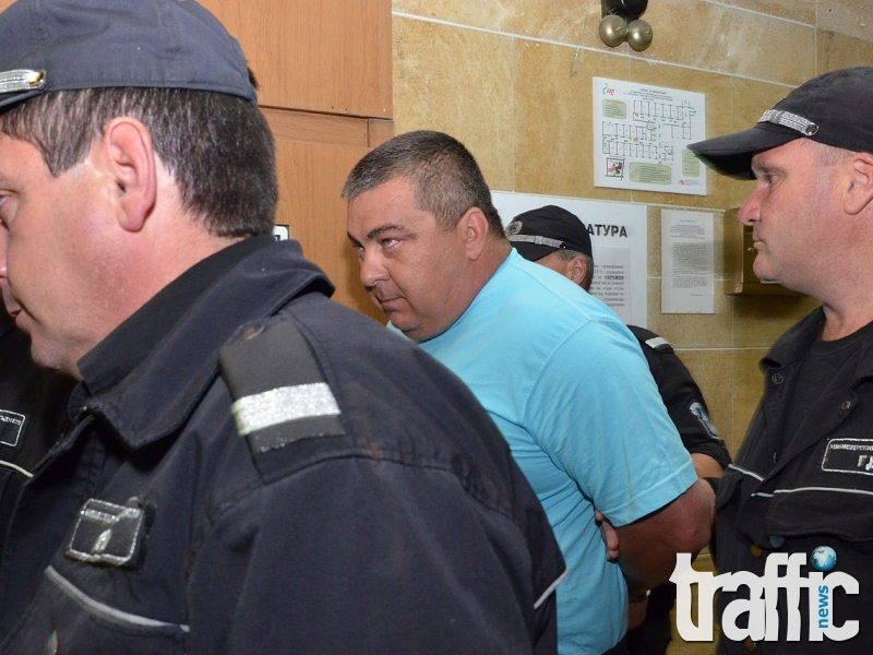 Останките от два трупа водят полицията към Фабриката за убийства