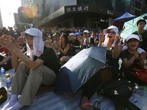 Протестите в Хонконг ще доведат до разорение