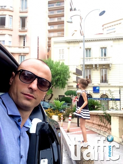 Дъщерята на Димитър Бербатов стана регулировчик