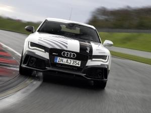 Audi създаде безпилотен автомобил