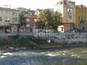 Въжен лифт за пренасяне на пици измислиха в Асеновград СНИМКИ