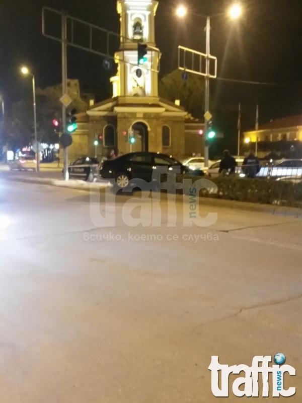 Mладеж се развихри на пътя около полунощ СНИМКИ