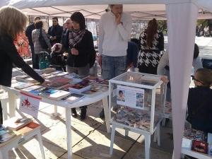 Будителството е избор! Млади хора избраха чрез книги да направят добро дело СНИМКИ