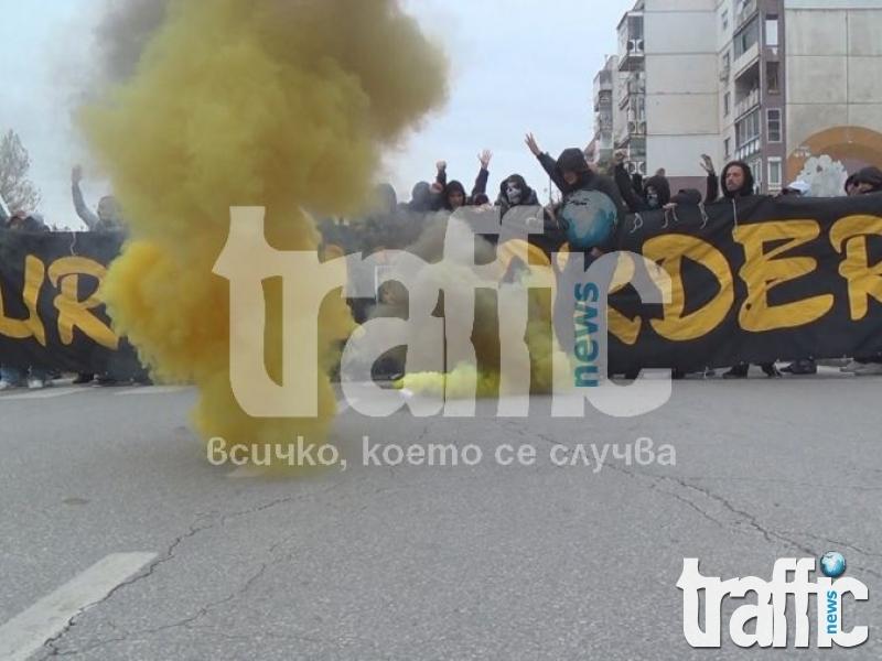 Ексклузивно: Стреляха по фенове на Ботев на магистралата!!!