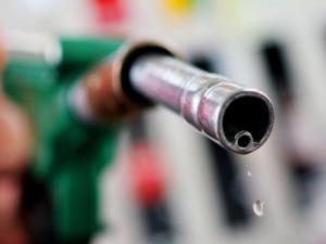 Спад в цените на бензина и дизела
