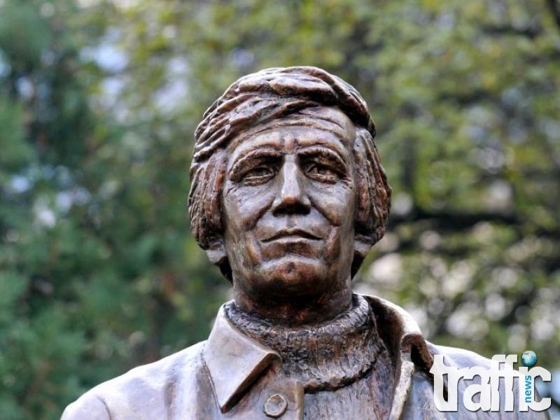 Трима президенти откриват паметникът на Марков