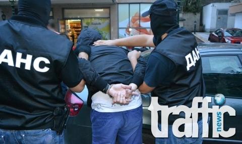 Холивудски екшън на границата - въоръжени до зъби ченгета хванаха 100 кила хероин