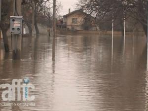 Евакуират цели села край Стара Загора ВИДЕО