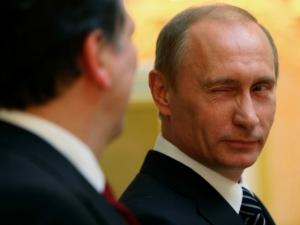Путин раздава милиарди, докато икономиката се срива