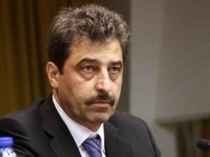 Цветан Василев: Започнаха да ме изнудват да прехвърля част от \