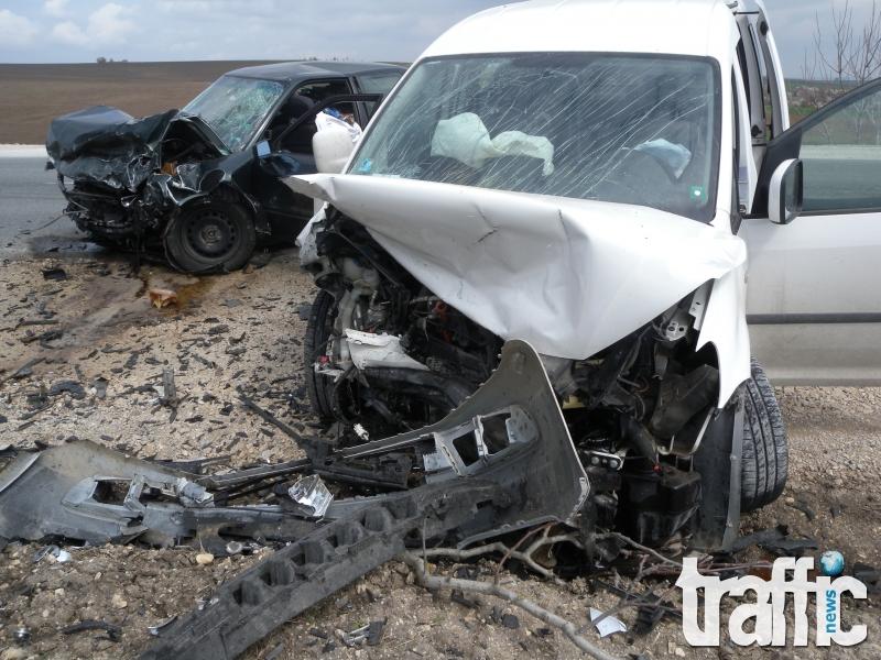Мъж уби майка и дъщеря в кървава катастрофа край Пловдив!
