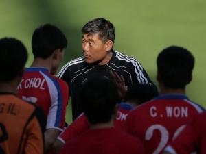 Забраниха насладата от играта на националите на КНДР