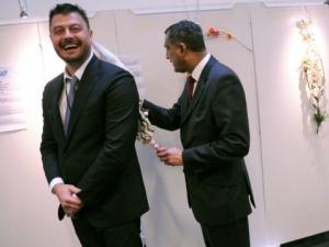 Бареков сурвакан от шефа на Европейските консерватори