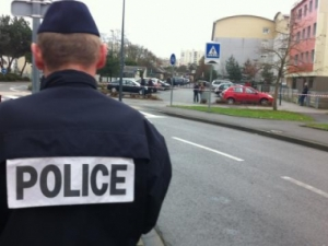 Затвориха и евакуираха гара в Париж, заради бомбена заплаха
