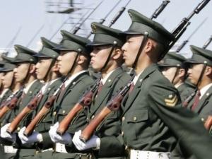 Япония подсилва единствената си военна база в чужбина