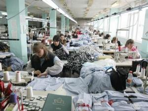 Безработни ромки ще се обучават за шивачки