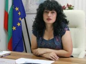 Депутат от ПФ уволни шефката на Агенцията по безопасност на храните