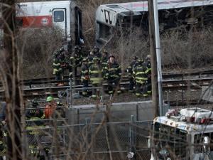 Влакова катастрофа в Ню Йорк, седем загинали