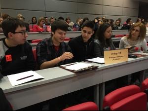 Отборите на Руската и Английската гимназии спечелиха куиз-теста в МУ-Пловдив СНИМКИ