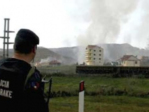 Два взрива са избухнали сутринта в албанската столица Тирана