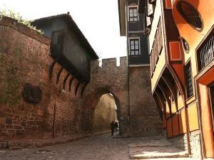 Пловдив получава управление на два имота в Стария град