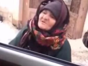 Луда баба се кара на джихадисти от Ислямска държава ВИДЕО
