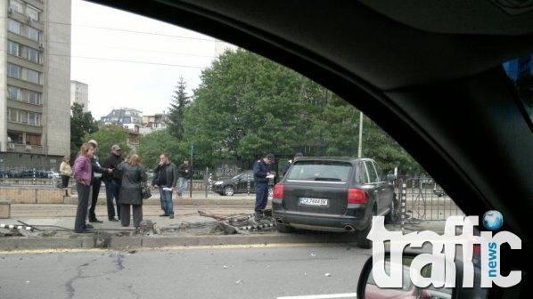 Верижна катастрофа заради отнето предимство в Пловдив