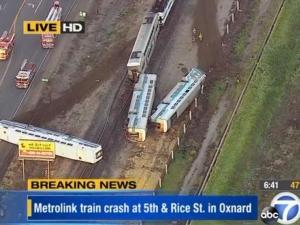 Един загинал и над 30 ранени при влакова катастрофа в САЩ