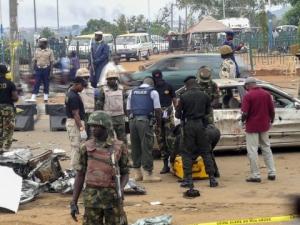 Жена се самовзриви в Нигерия, 15 загинали