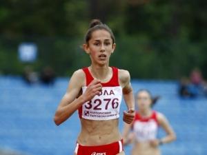 Потресаващата история на талантливата Лили от Пловдив - №1 в бягането, но без пари за маратонки