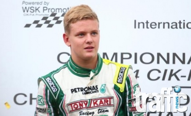 Синът на Шумахер ще участва във Формула