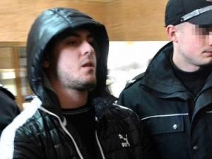 Охранителите на варненския мол остават в ареста