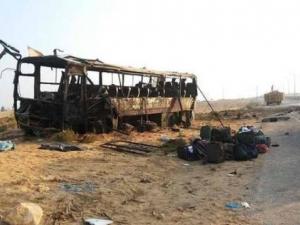 Трима загинаха в Украйна, след като автобус попадна на мина