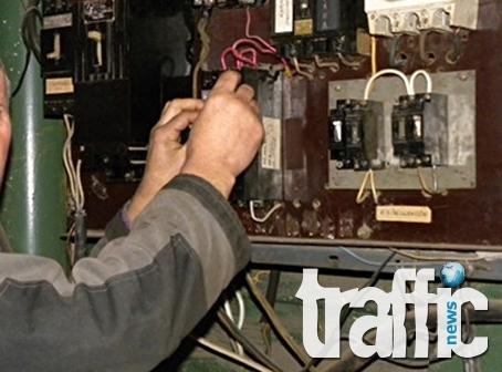 54-годишен мъж е хванат да краде ток