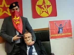 Взеха за заложник турски прокурор, работил по убийството на 15-годишен