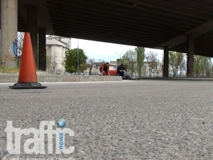 Само в TrafficNews: Видео от трагедията със скочилия от надлез
