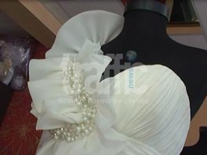 Абитуриентки дават до 5000 лева за рокля ВИДЕО
