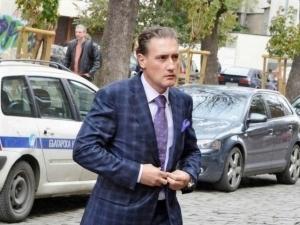 Домусчиев призова държавата да спаси Левски и ЦСКА