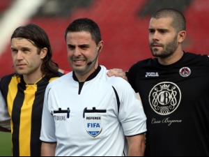 Локомотив София - Ботев Пловдив играят с 1:0