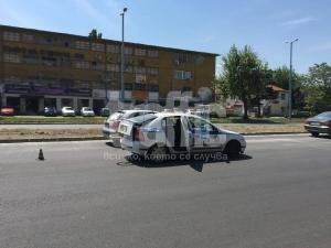 """Велосипедистът от """"Цариградско"""" – ударен от два тира последователно ВИДЕО"""