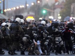 Бой с полицията в Скопие