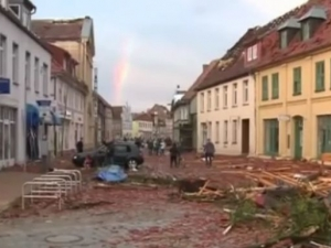 Разрушително торнадо удари Северна Германия